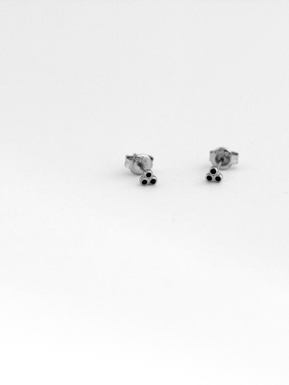 Tiny dots black silver 2