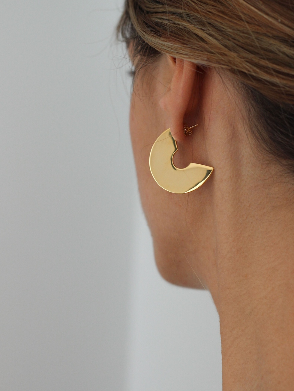 FLAT DISC gold earrings