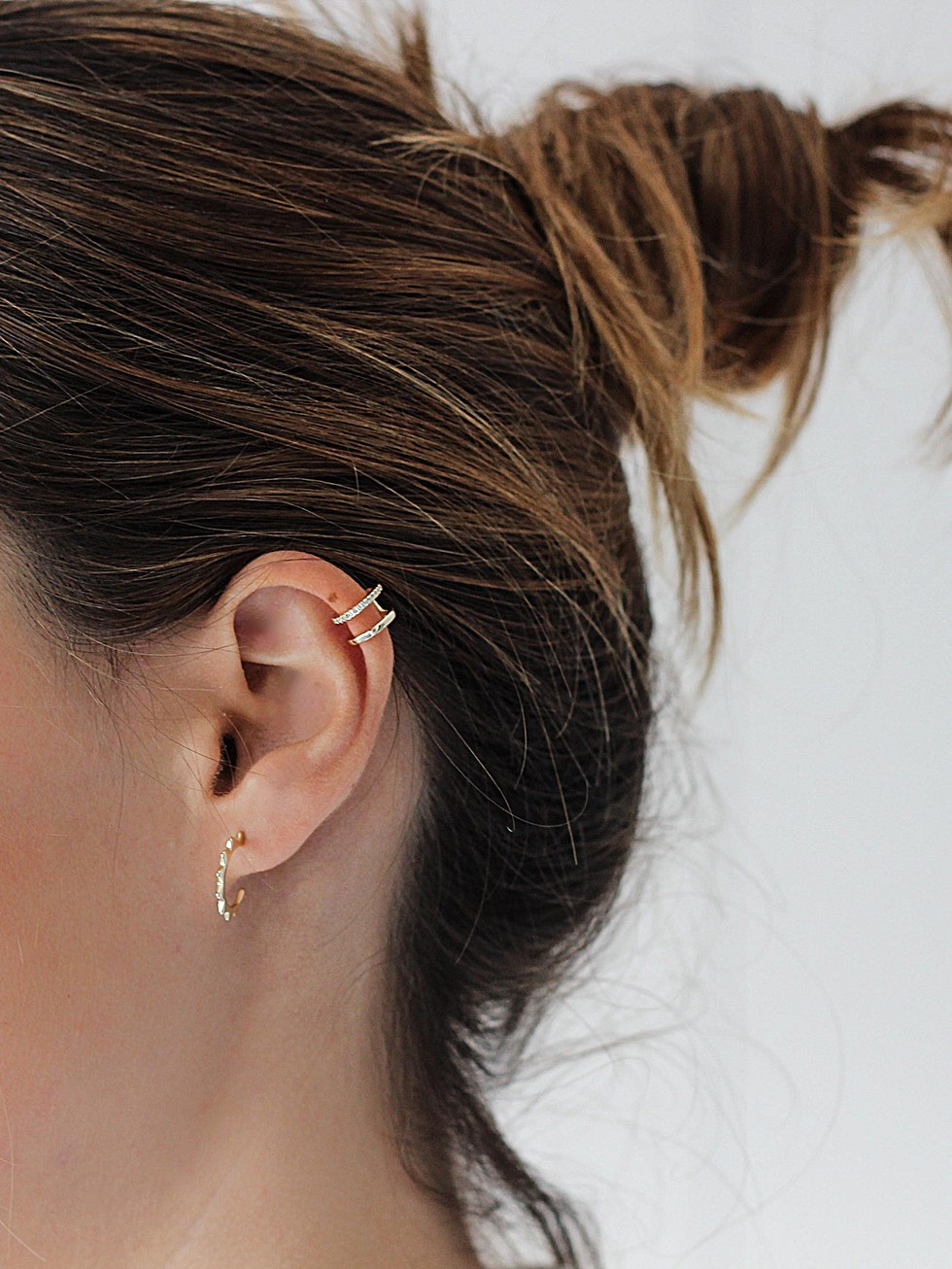 Arracades ear cuff doble amb circonites or