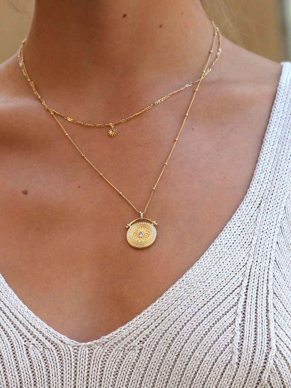AMULET gold necklace