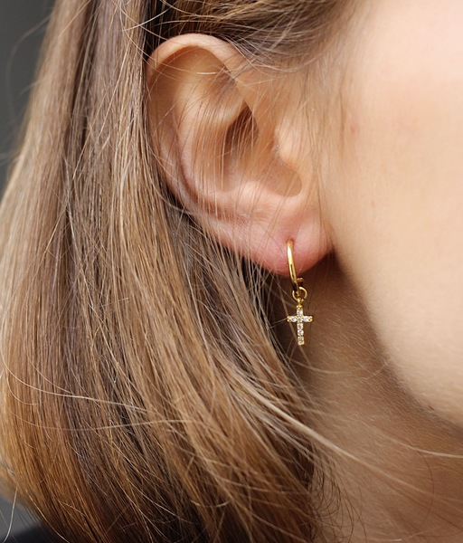 CHARMS CRUZ gold earrings