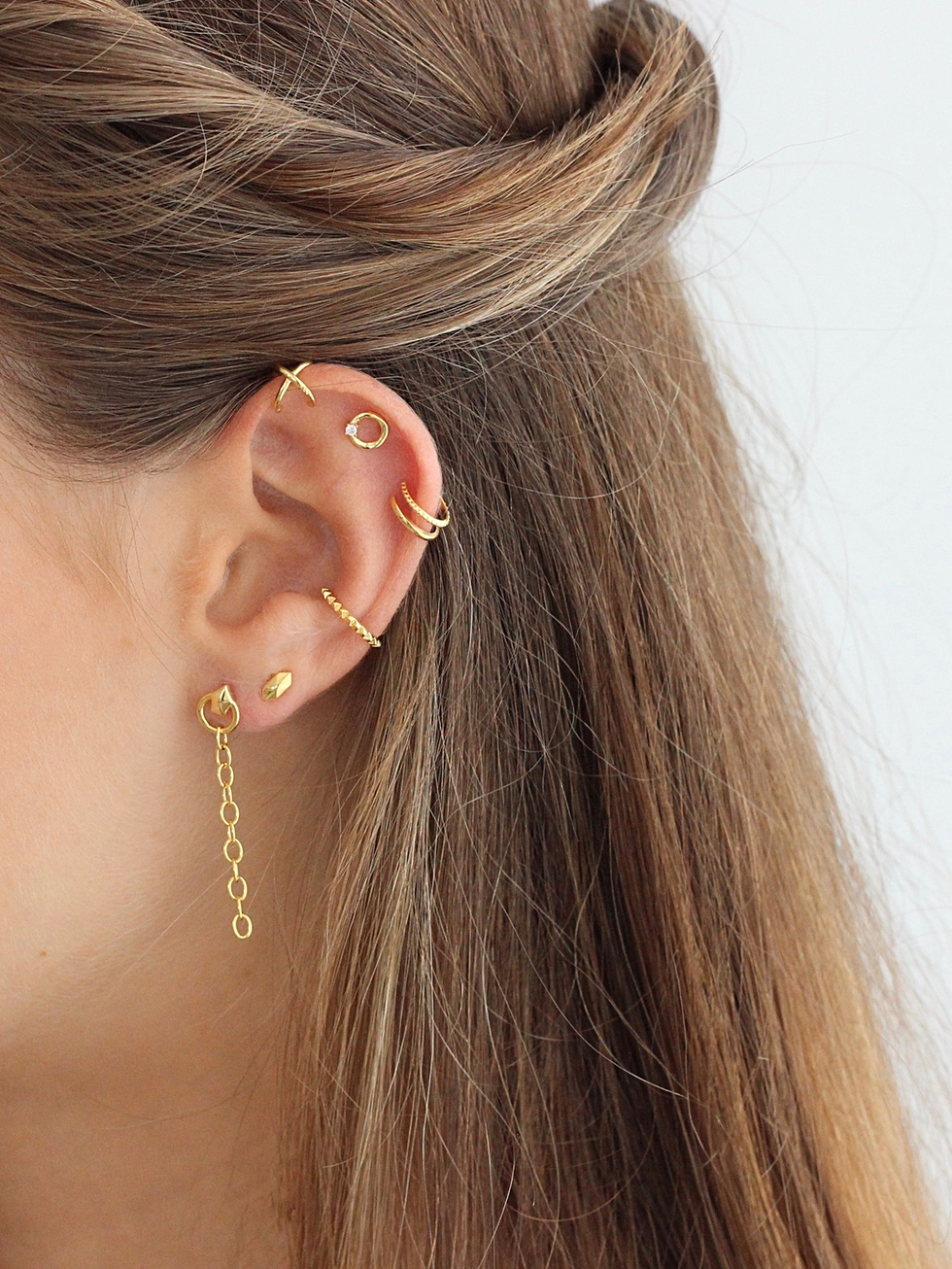 OH gold earrings