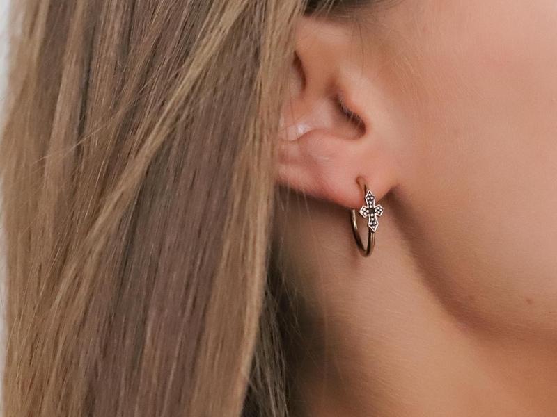 MINI BLACK CROSS silver earrings