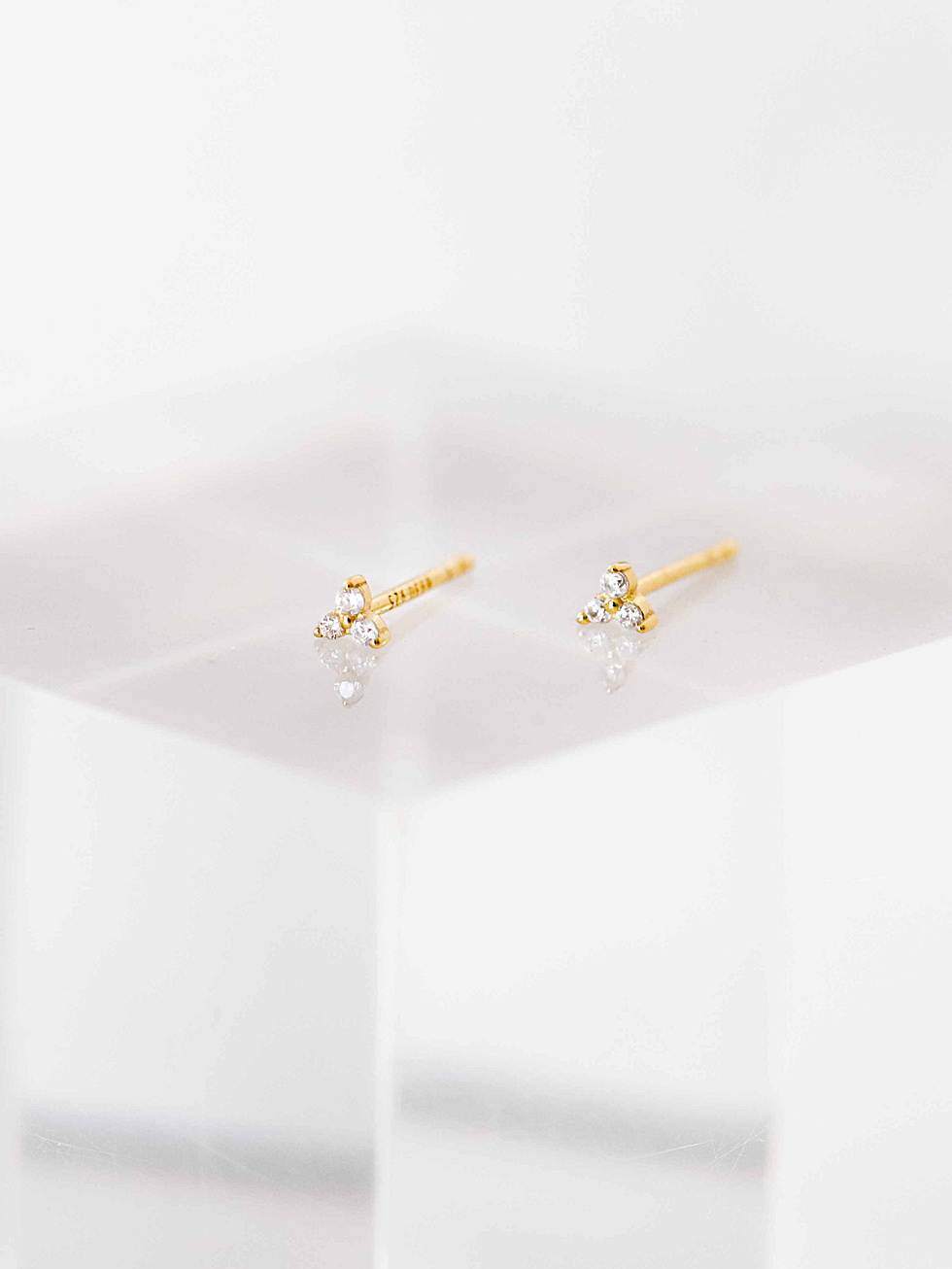 MICRO DOTS gold earrings