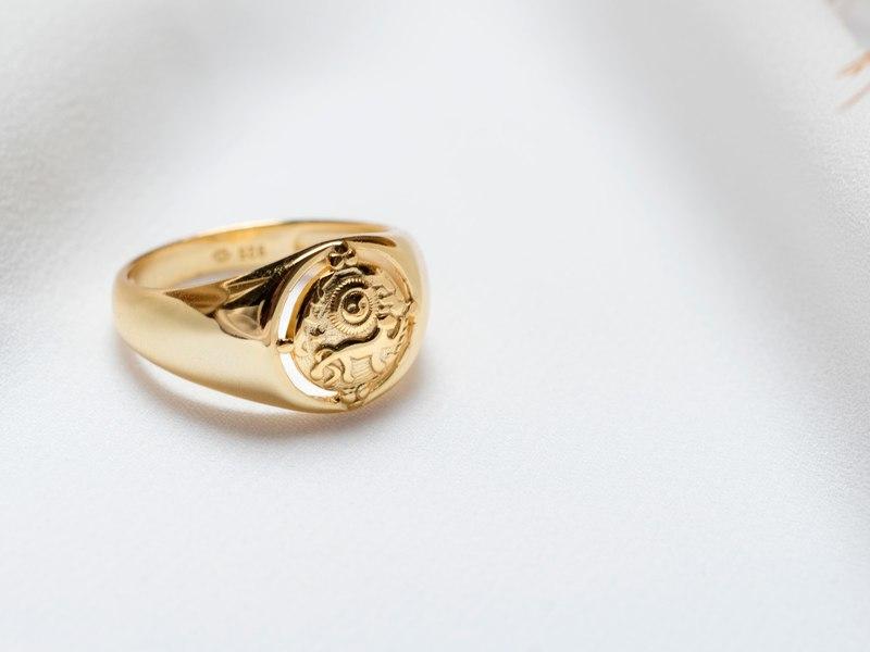 LIONNE gold ring