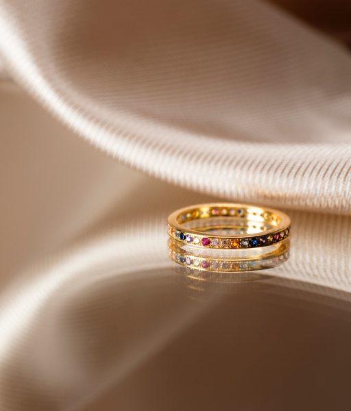 EWE band gold ring