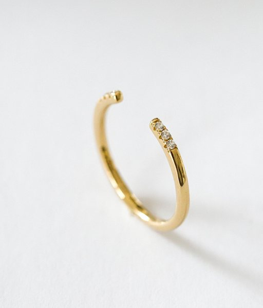 SIX gold ring