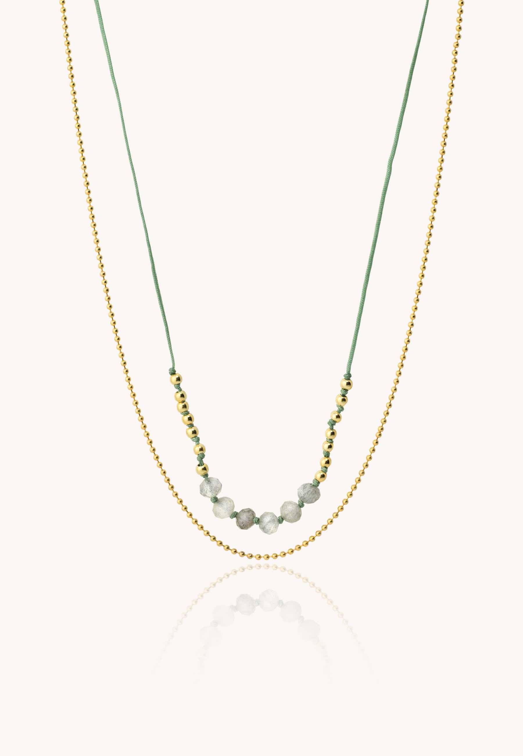 Collar hilo verde oro2