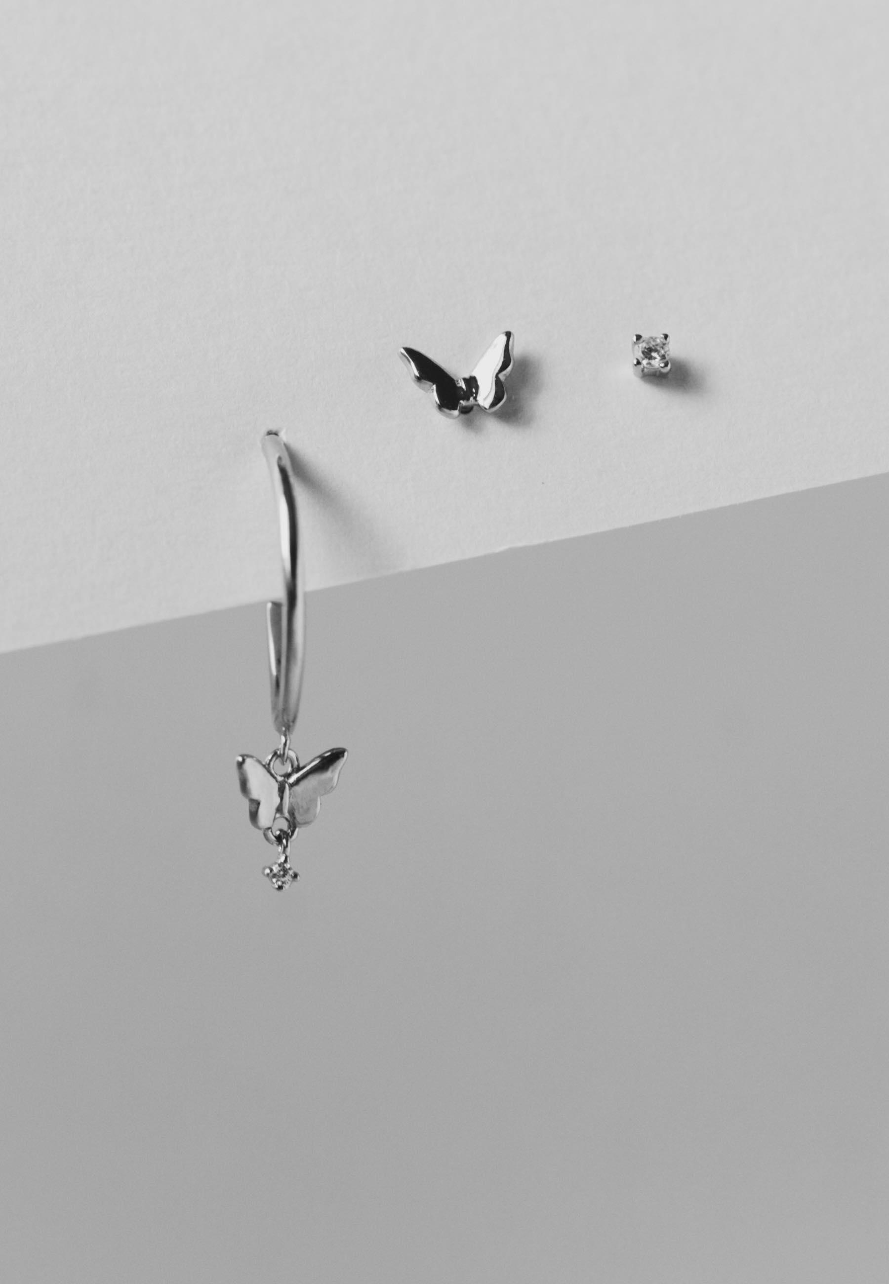 Pendientes set mariposas con cz details