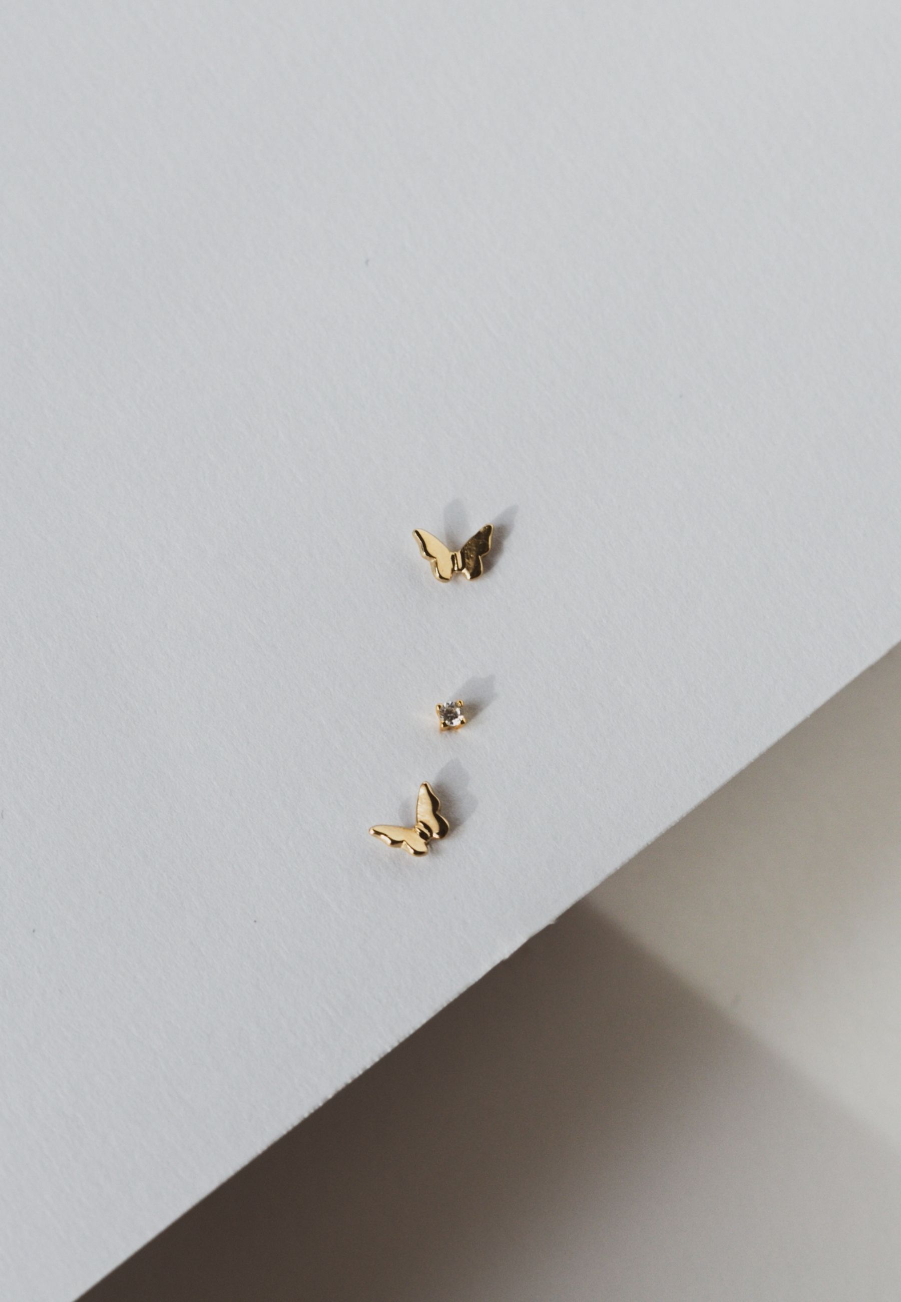 Butterfly stud set